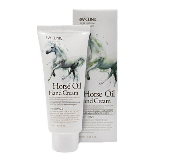 3W Clinic Horse Oil Hand Cream